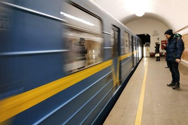 Кличко відповів на заяви про часткове відновлення роботи метро