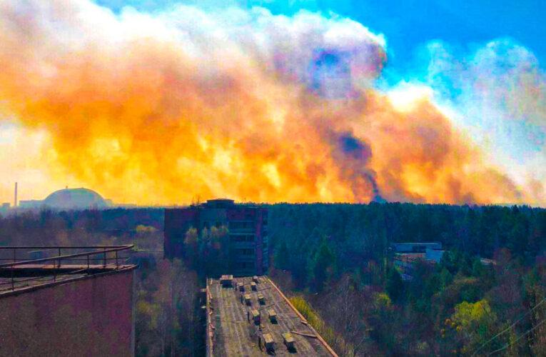 Пожежа у Чернобильскій зоні наближається до АЕС