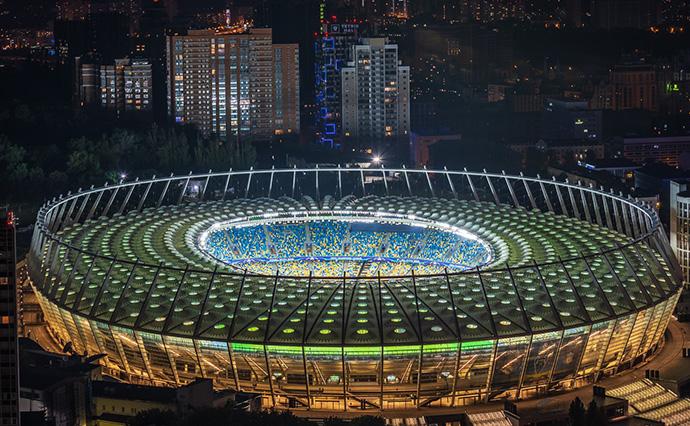 Взяти власний інвентар та засоби особистого захисту: НСК «Олімпійський» відкривається